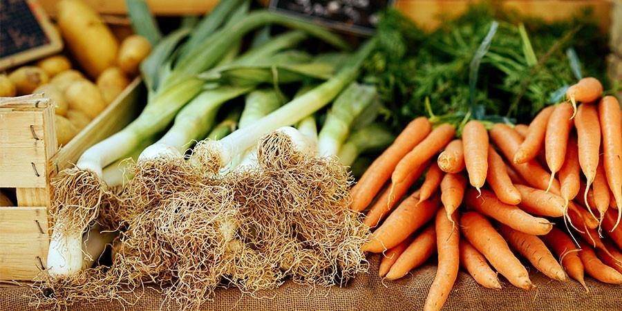 veggies on a farmer's market table