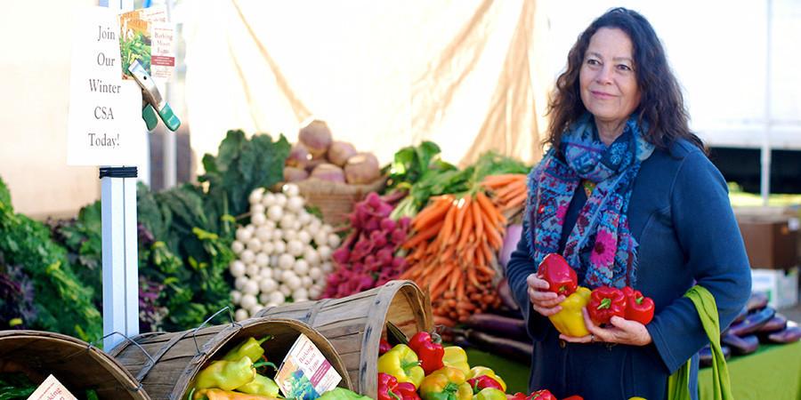 Banyan editor Kathleen shopping at a farmer's market