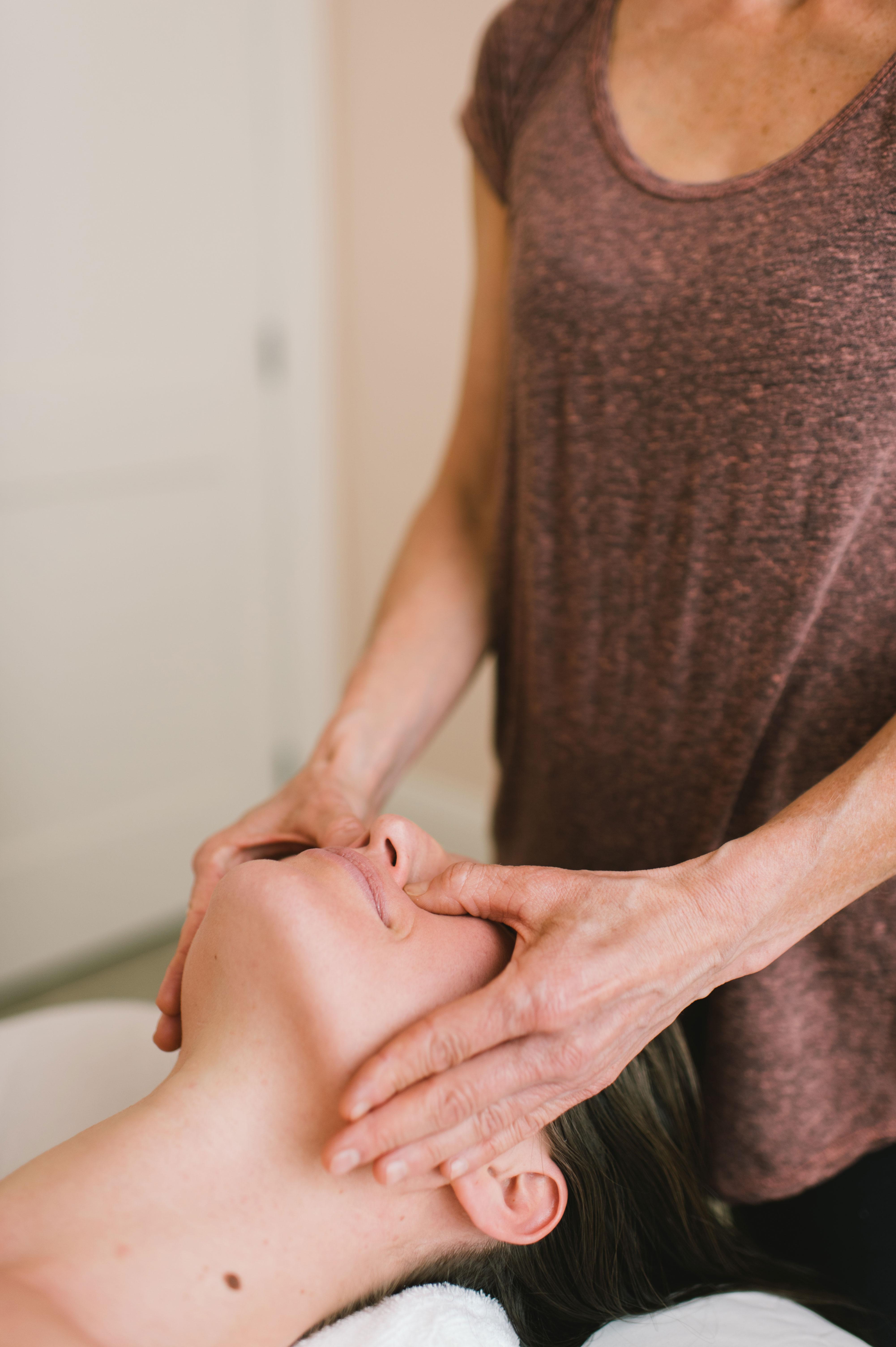 Nasya Massage