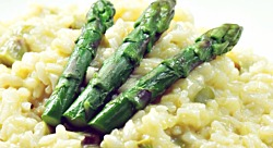 Kapha-Pacifying Recipe: Asparagus Saffron Risotto