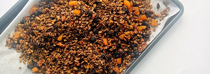 Simple & Delicious Granola Recipe For Spring