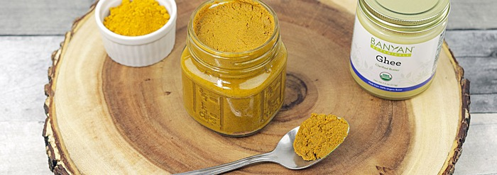How to Make Turmeric Paste